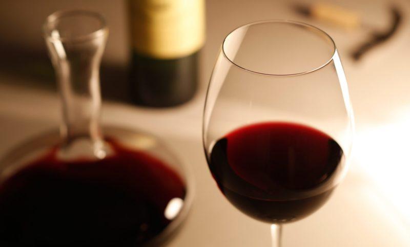 デカンタワインとグラスワイン