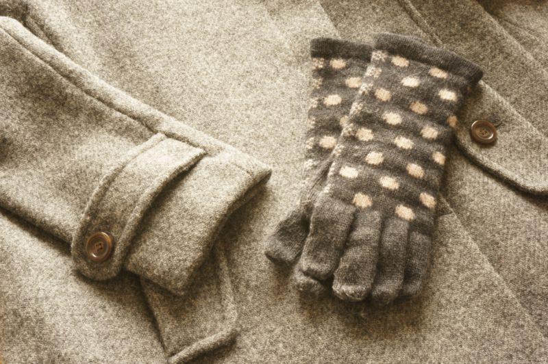 可愛い手袋とコート