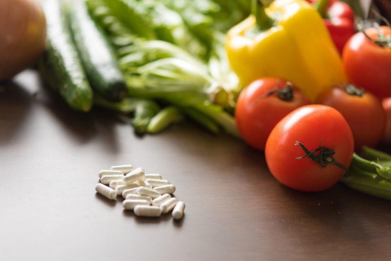 サプリメントと野菜