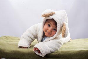 紫外線から守られている赤ちゃん