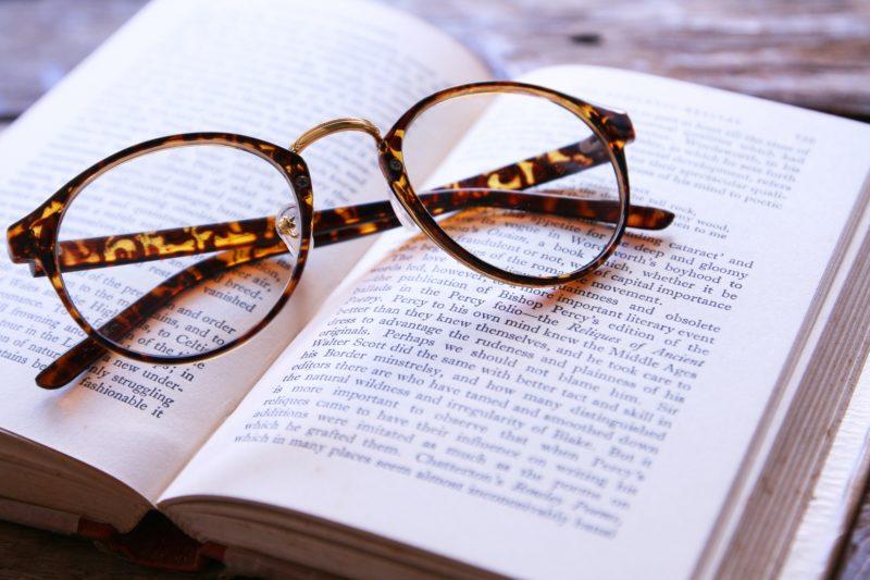伊達メガネと本