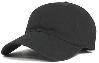黒い野球帽