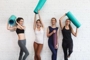 健康な女性4人組
