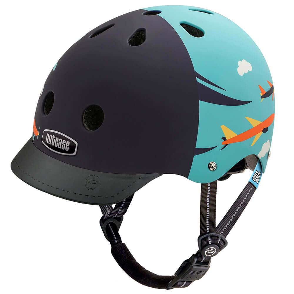 ナットケースヘルメットの画像