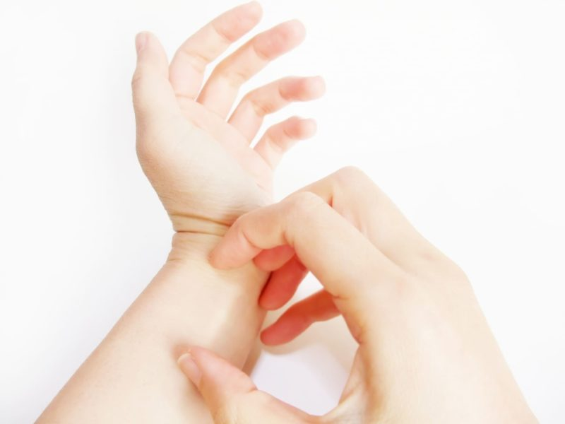 手のかゆみ