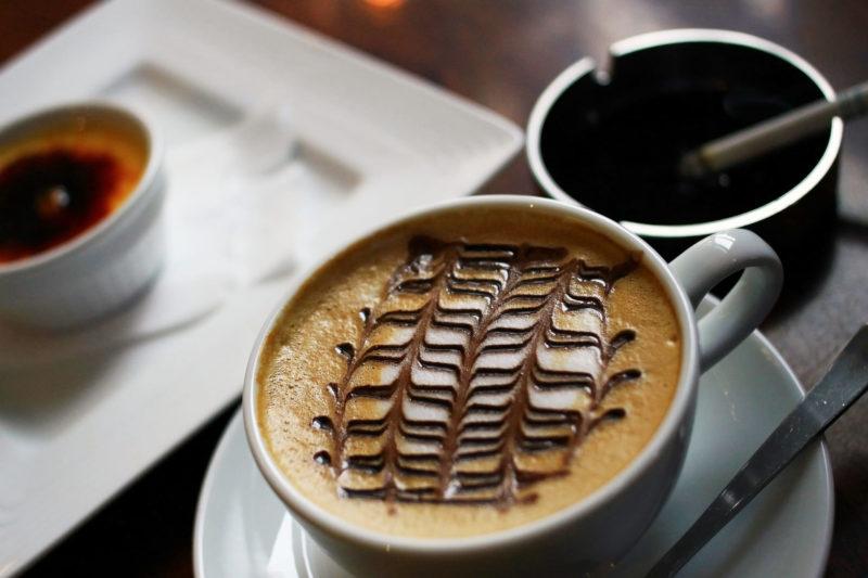 コーヒーとタバコ大人の時間