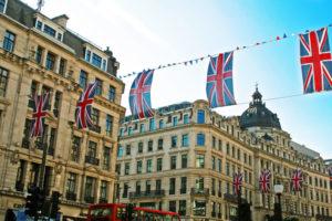 イギリスの街並みとユニオンジャック