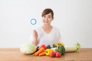 野菜を並べて「正解」と結論づけた女性