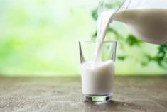 黒汁フィットネス牛乳
