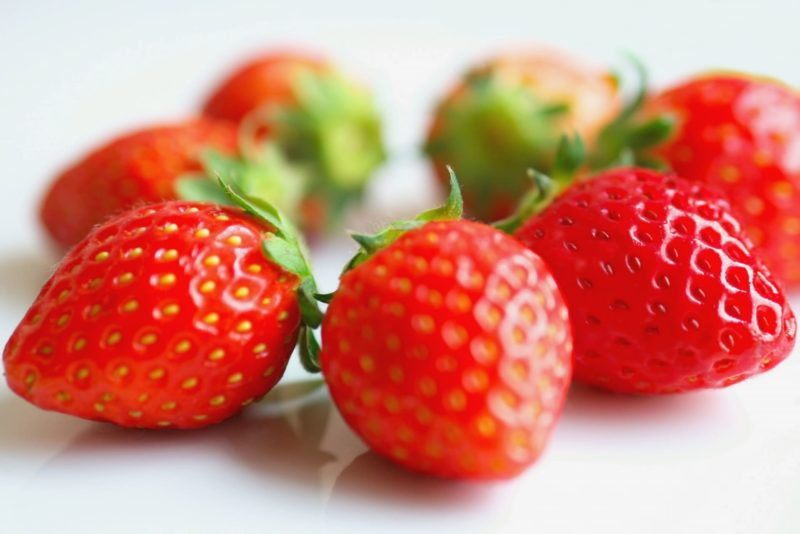 セラミドとの併用でシナジー効果を発揮するのはどんなもの? イチゴ