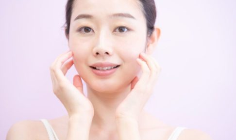 十分な保湿をしてさっぱりとした日本人女性