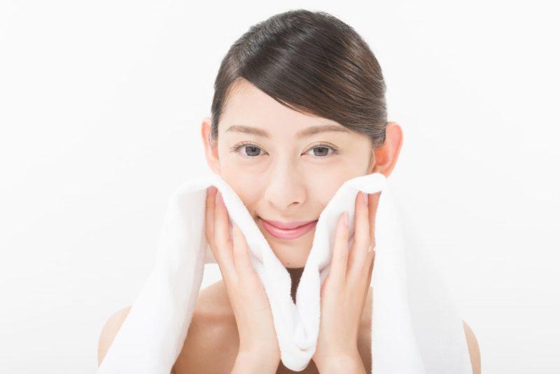 乾燥肌と洗顔方法の関係 ふき取り