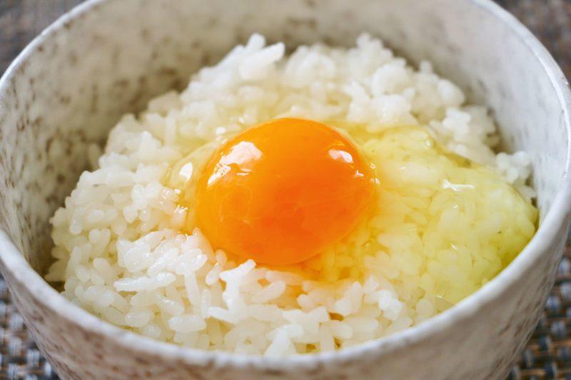 乾燥肌にはなぜなってしまうの? 卵かけご飯