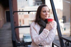 冬の髪の静電気トラブルの原因と対処法 表紙
