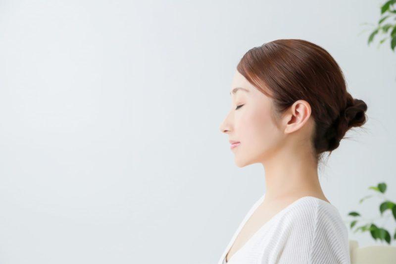 女性の抜け毛はどうすれば防げるの?様々な対策方法 表紙