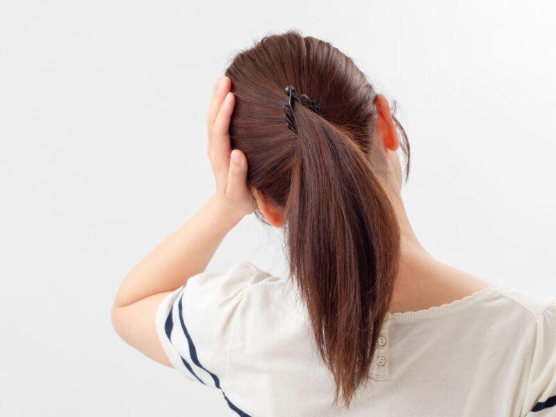 髪と頭痛の意外な関係性とは ポニーテール