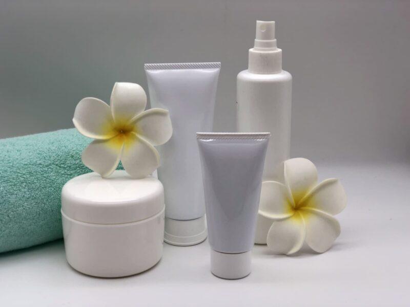 乾燥肌に効く美容液の成分とは 化粧品