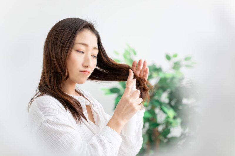髪の生え際に出来るニキビの原因と対策 ヘアスプレー