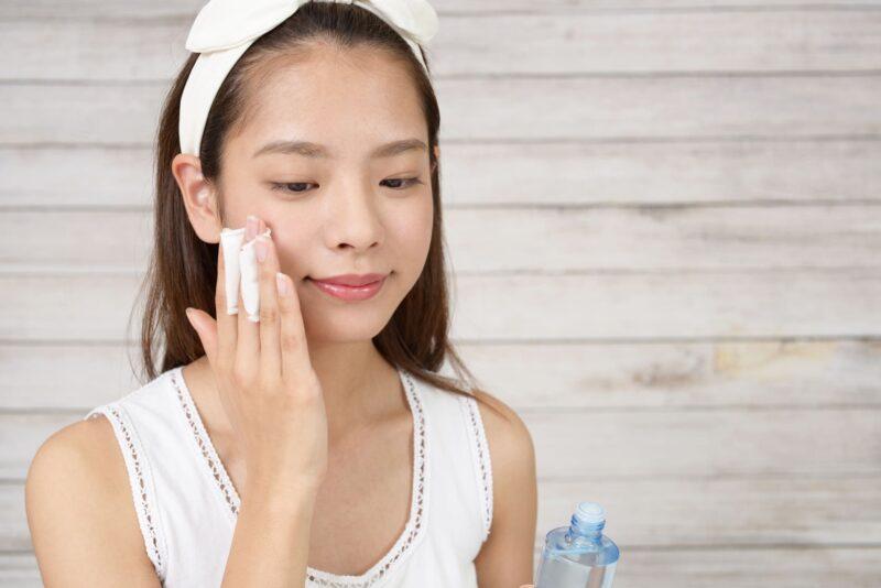 乾燥肌に効く化粧水の成分とは コットン1