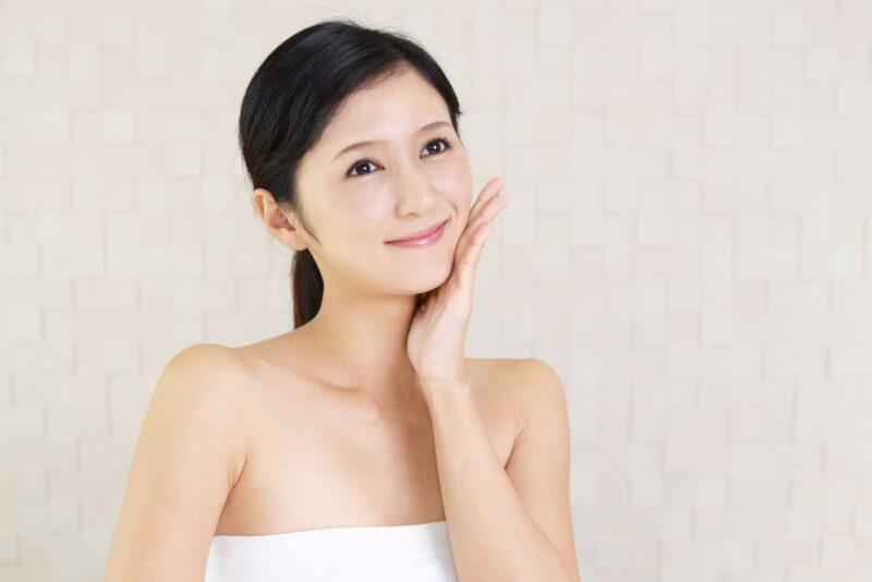 乾燥肌に使う化粧品に必要な成分とは? スキンケア