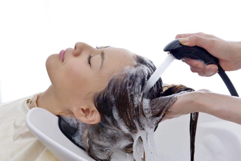 洗髪の正しい知識と方法など すすぎ