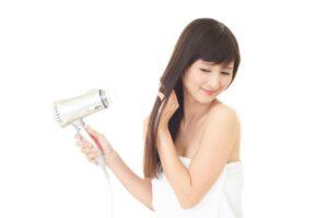 美髪の鍵は乾かし方?正しい乾かし方で美しい髪を手に入れる方法 表紙
